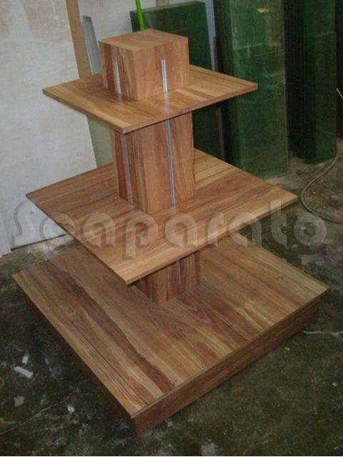 exhibidor-piramide