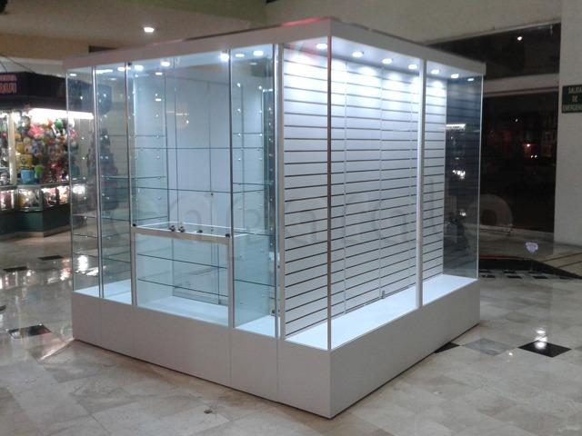 kiosco_isla_de_vitrinas_torres_lindavista_3