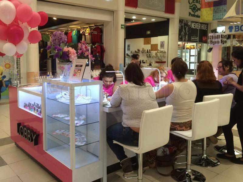 nail_spa_retail_kiosk_1