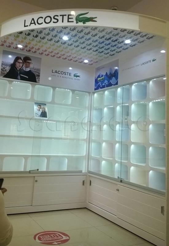 Corner Lacoste 3