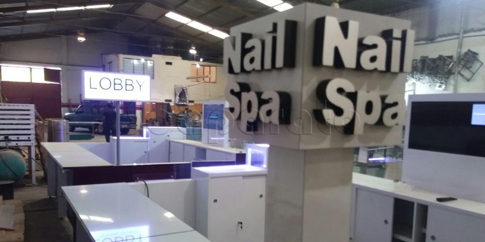 nail spa shopping center kiosk