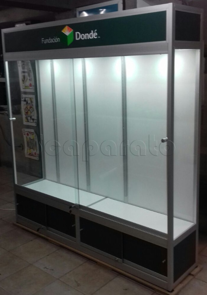 Aluminum wide display case